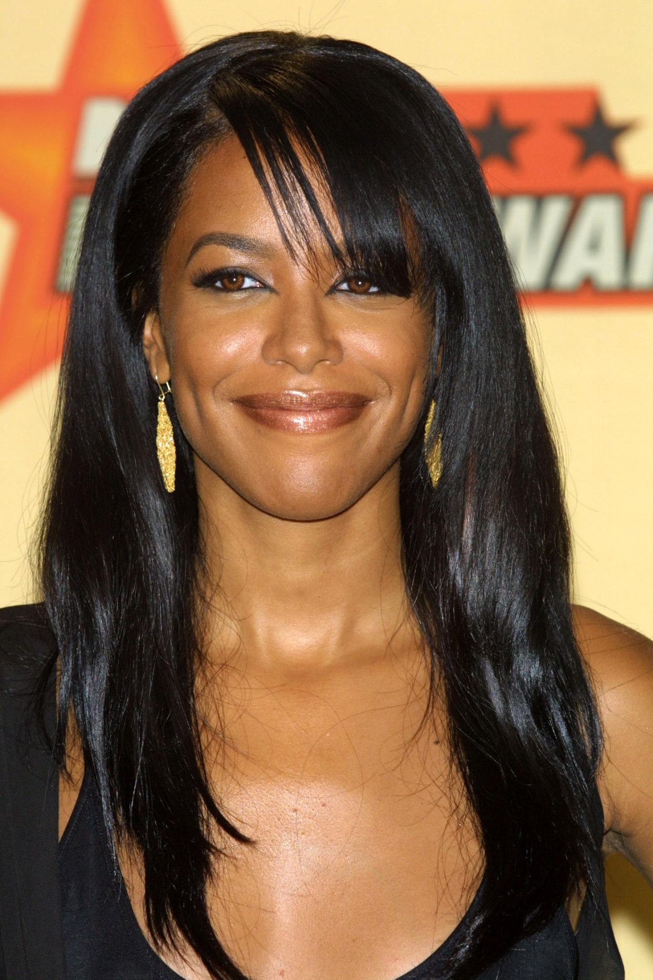 Aaliyah - Wallpaper Hot