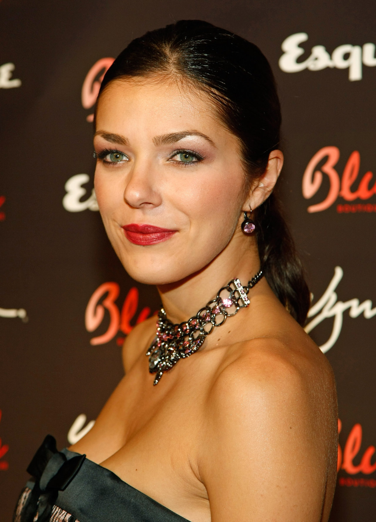 Adrianne Curry Wow, Hairstyle Adrianne Curry