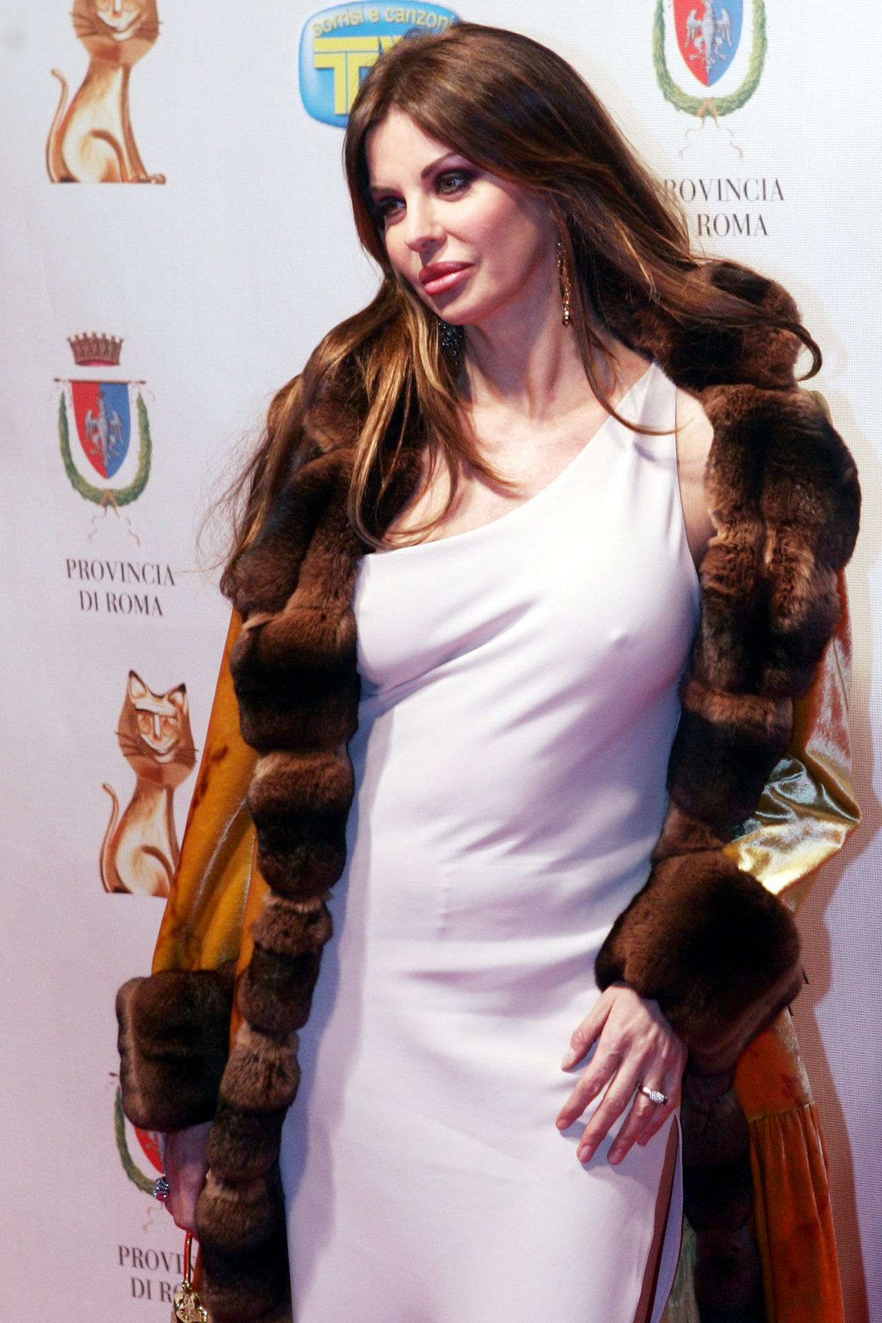 Alba Parietti wallpape... Amy Adams