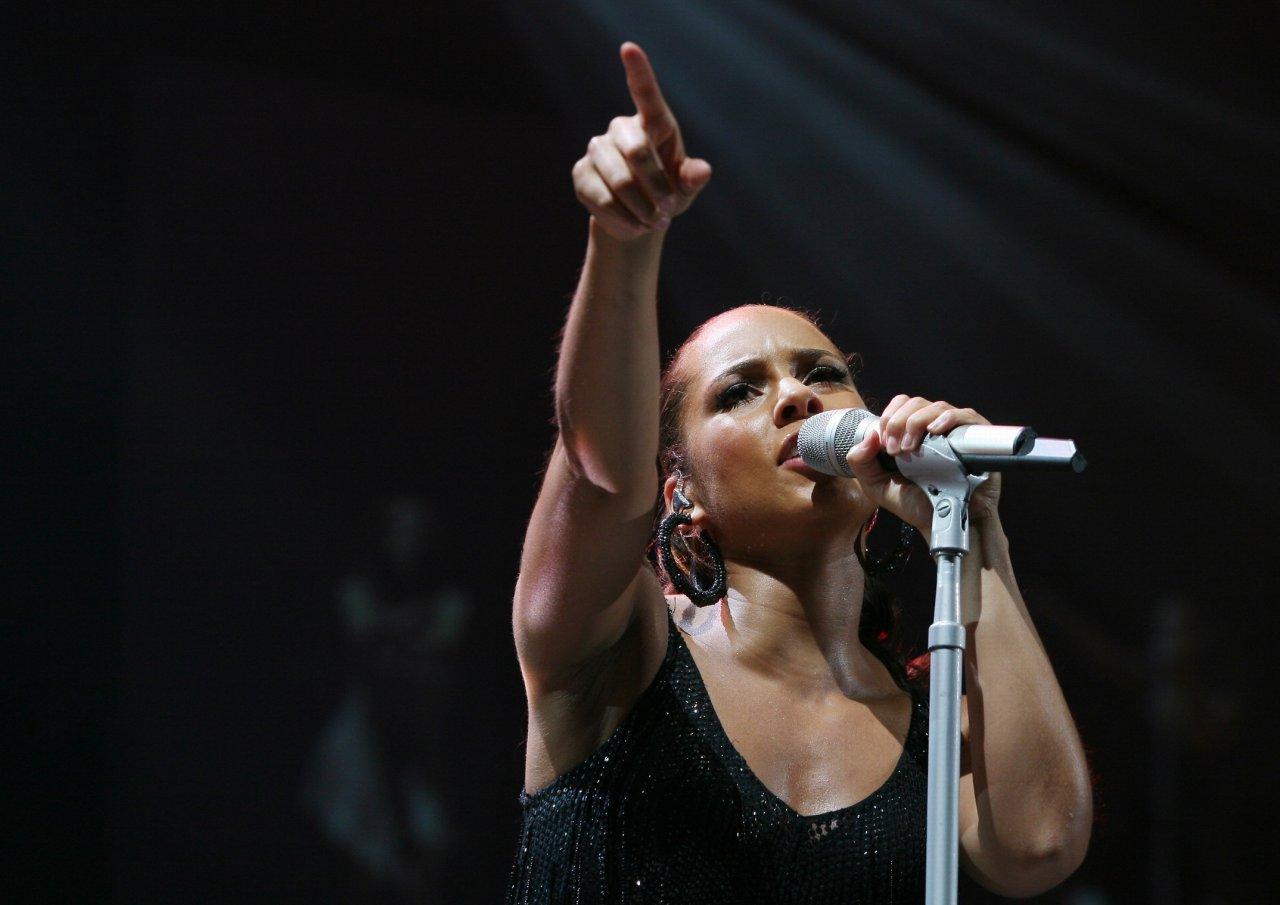 Alicia Keys - Wallpaper Actress