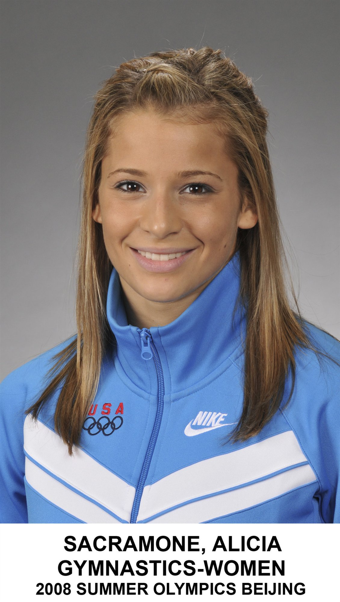 Alicia Sacramone have dog