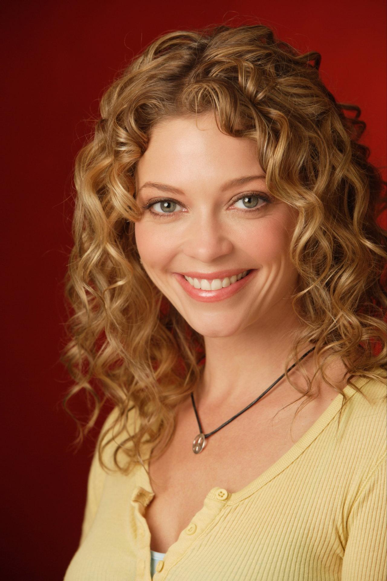 Amanda Detmer - Picture Actress