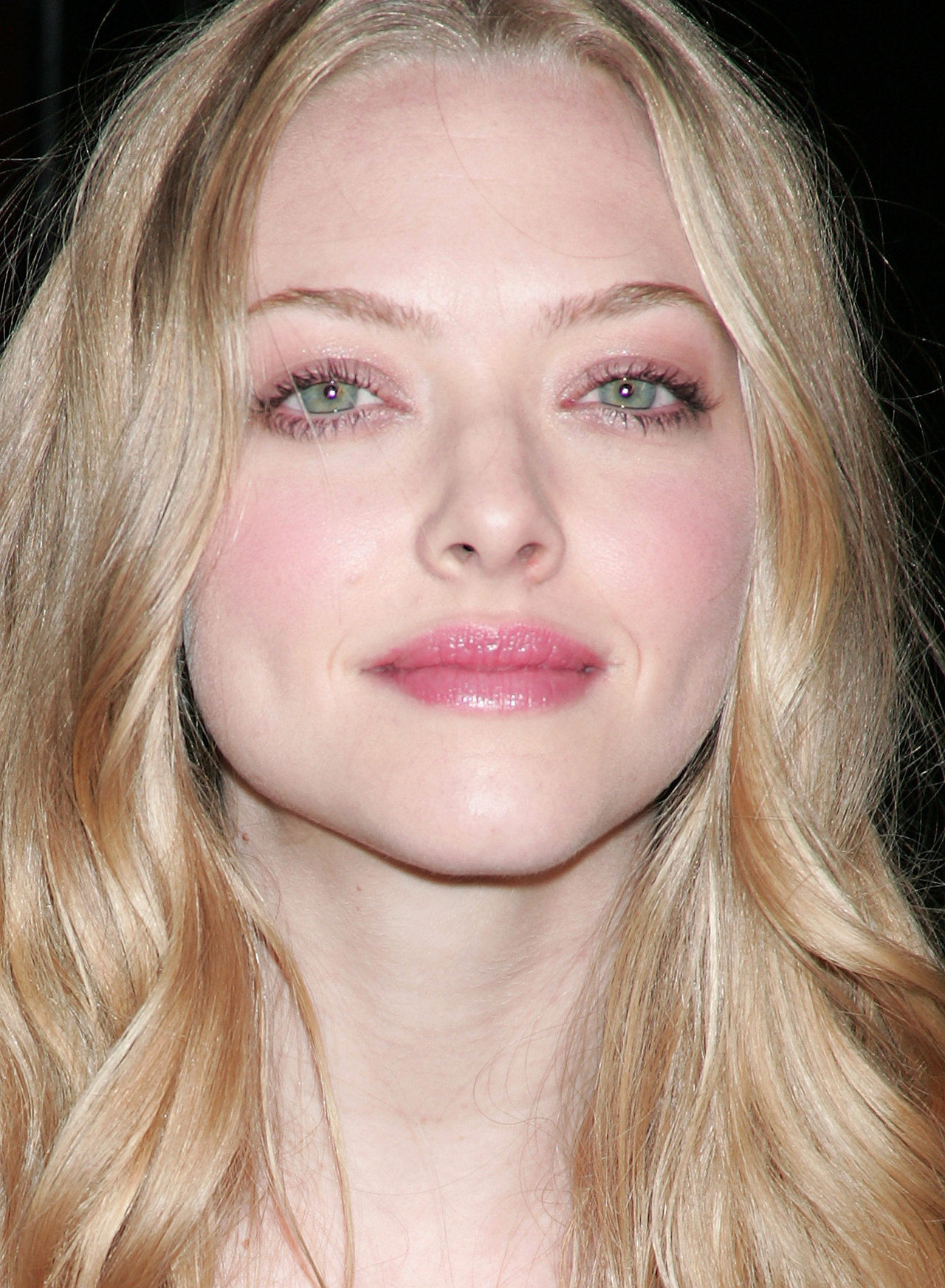 amanda seyfried wallpapers (1490). best amanda seyfried pictures