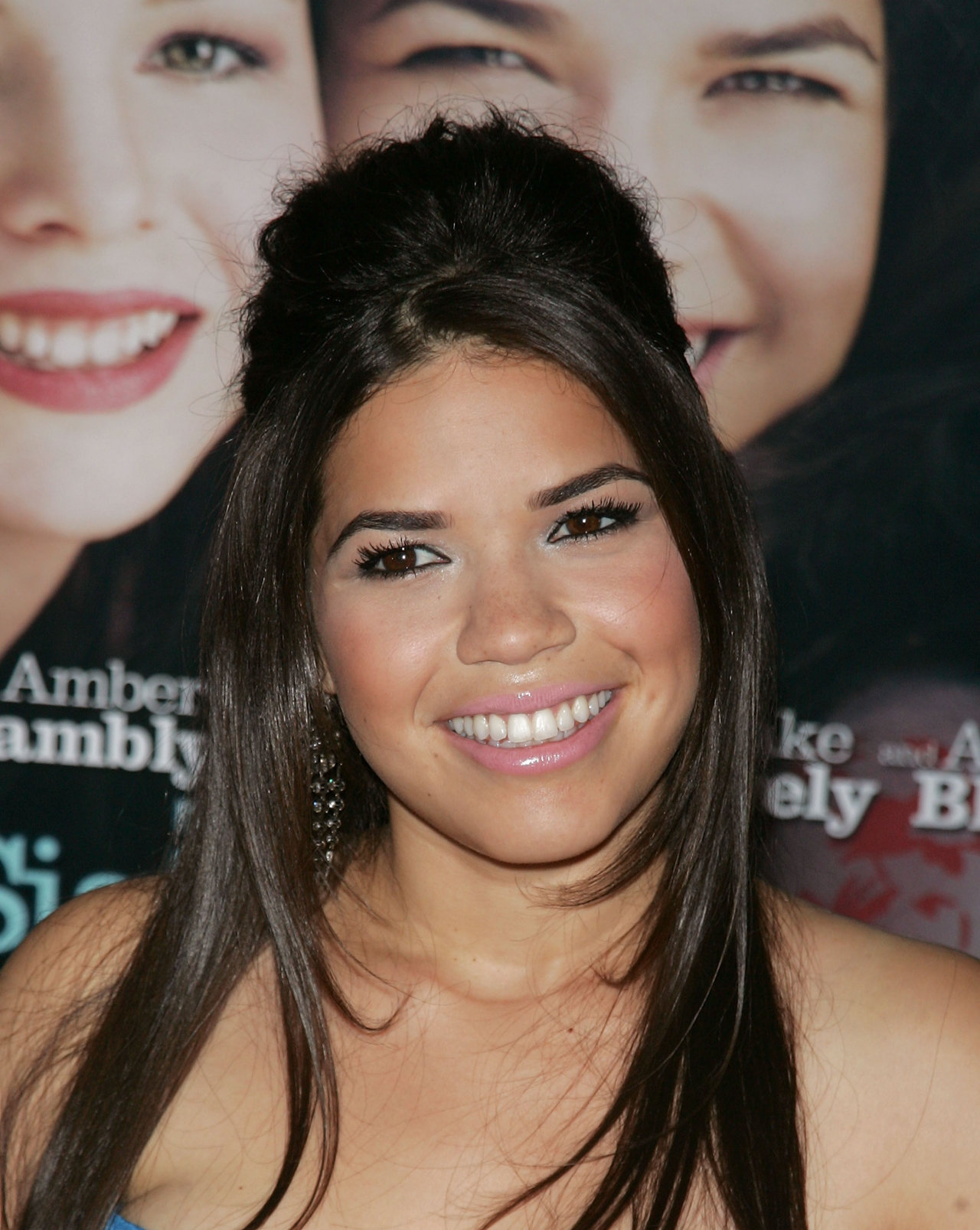 America Ferrera - Photo Gallery
