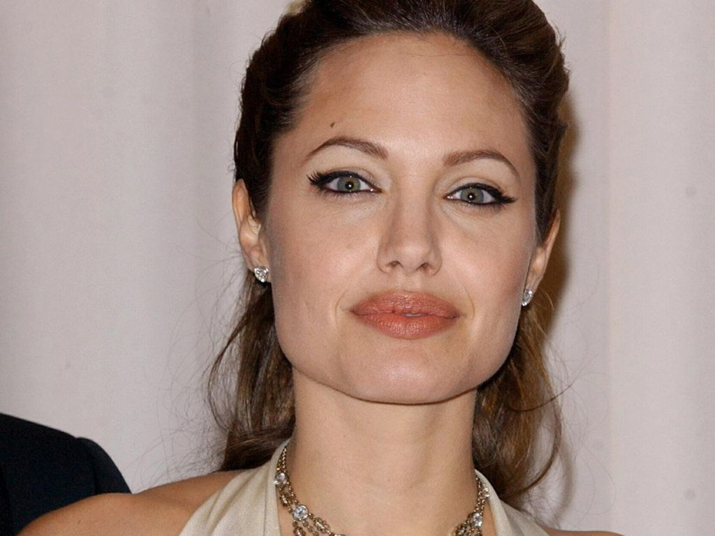 Angelina Jolie - Gallery Colection