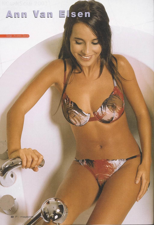 An original microkini fan micro bikini