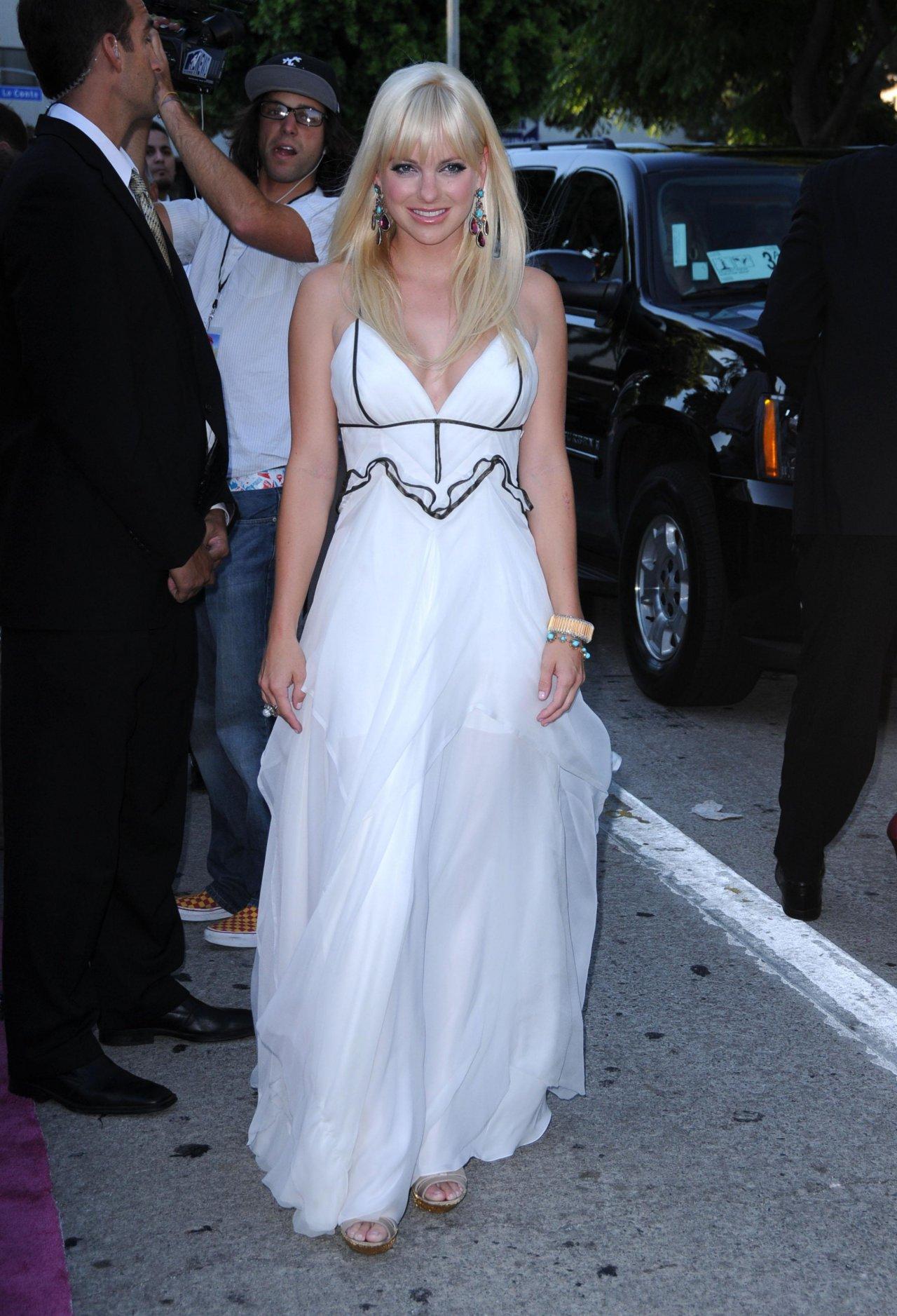 Анна фэрис и ее свадьба фото