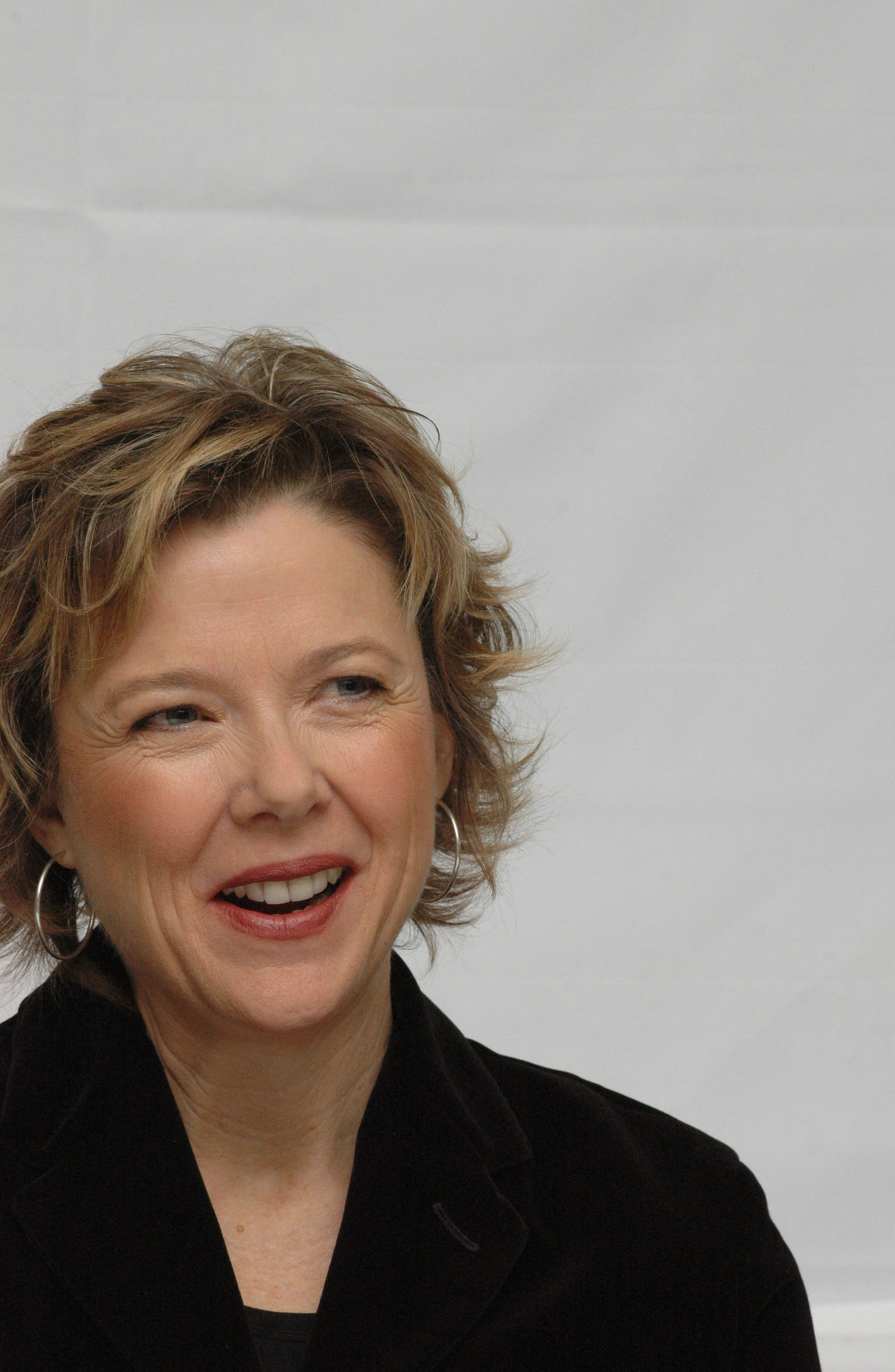 annette bening wallpaper - photo #9