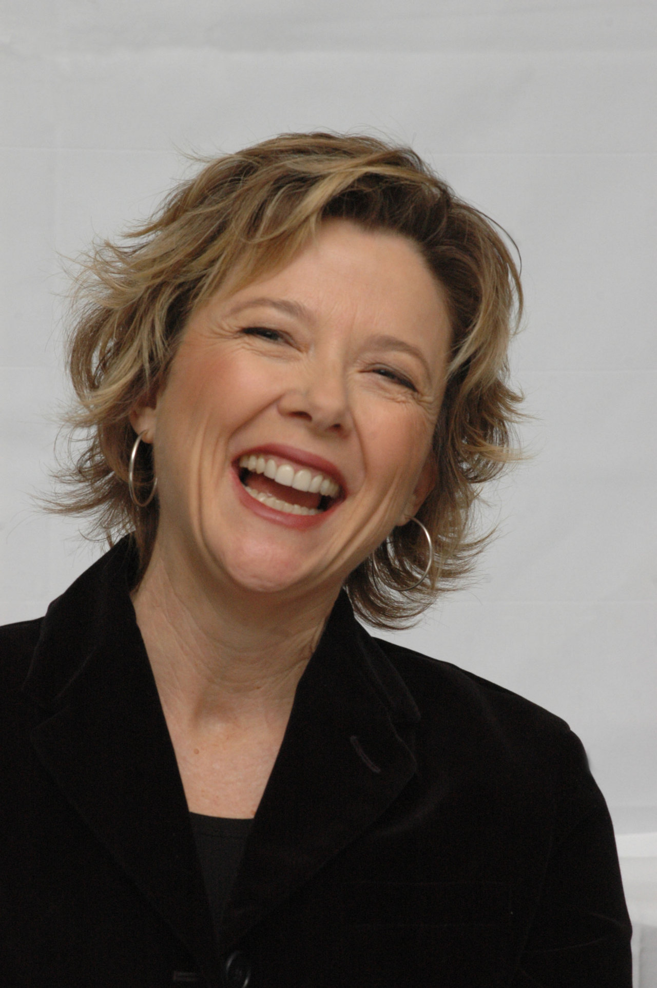 annette bening wallpaper - photo #5