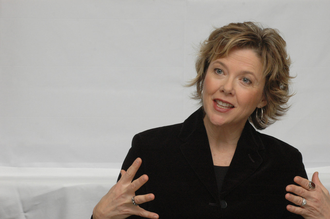 annette bening wallpaper - photo #12